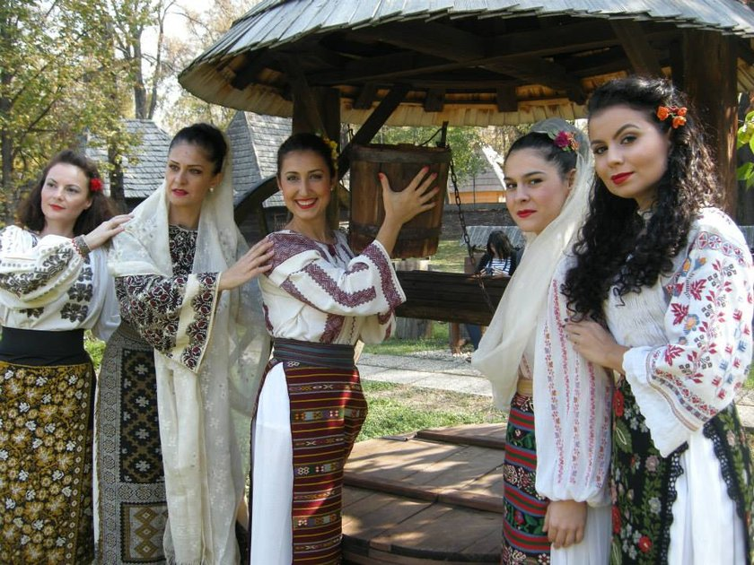 Dans popular cu Gina Ninu